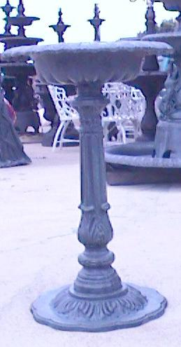 cast aluminum birdbath with verdi gris finish