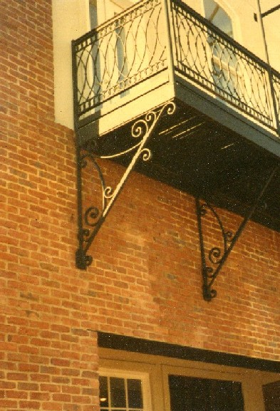 wrought_iron_balcony