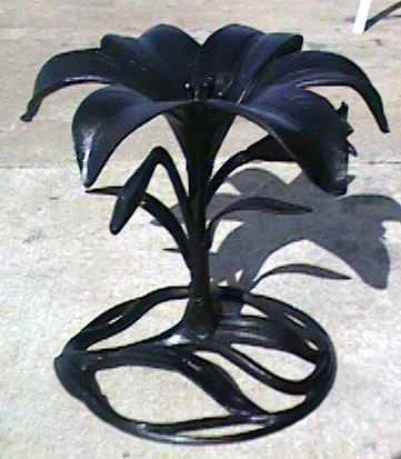 cast aluminum lily cocktail table base