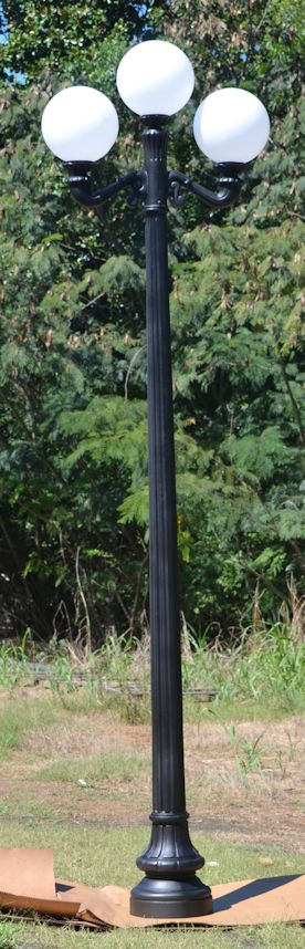 Saint Charles Triple Fixture Lamp Post